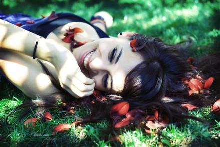 beauty,برگ,بچه,دختر,emotive,happy-9f95d5790aea08a4dc5bec7f0b87aef6_h